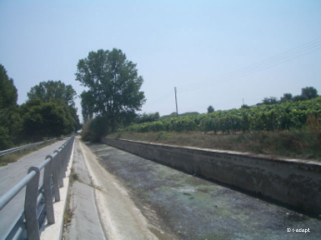 Concrete river bed Pinios